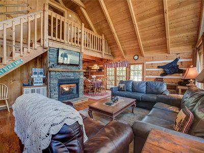 Photo for Bear Cave Haus,  2 Bedrooms, Fireplace, Hot Tub, Pool Table, WiFi, Sleeps 8