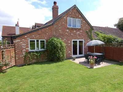 Photo for Orchard Cottage, EXETER