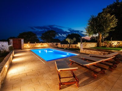 Photo for Amazing NEW villa 5km from the beach