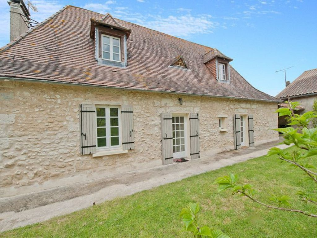 Beautiful french country house with private pool and for French country house blog