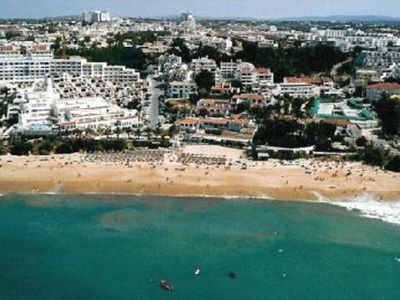 Photo for Apartment in Oura, street of bars, 8 minutes walk from Oura beach
