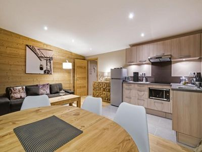 Photo for Chalet Tignes, 2 bedrooms, 6 persons
