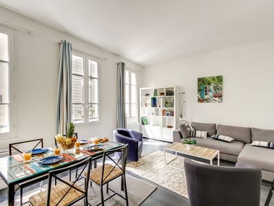 Photo for Steps from the Louvre, Chatelet and La Seine - 2BR Flat