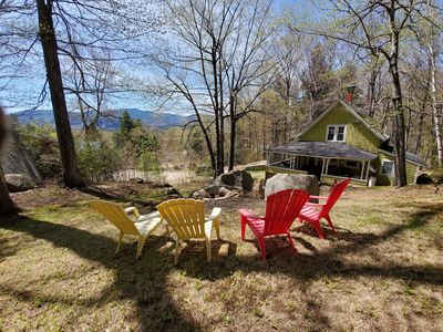 Photo for Hillside Cabin in the heart of the Valley | Screened Porch | Dogs Welcome