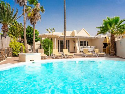 Photo for Villa Mar: Heated Private Pool, Walk to Beach, WiFi, Car Not Required