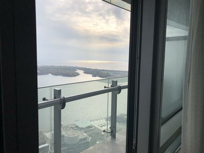 Photo for Luxury 1 Br| Furnished | Lake View| Balcony| High Floor | 100% Walk | PATH