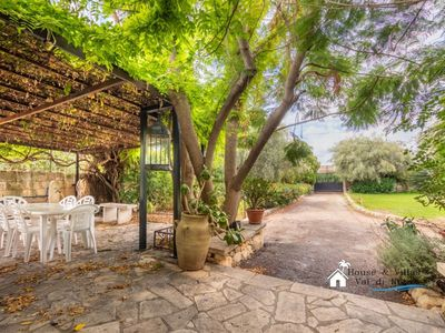 Photo for 2BR Villa Vacation Rental in Avola, Siracusa