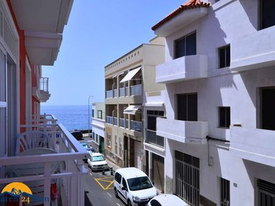 Photo for Holiday Apartment - 4 people, 100 m² living space, 2 bedroom, satellite TV, Have a shower)