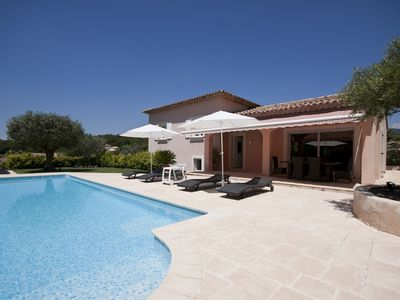 Photo for Villa 8 people beautiful pool less than 10 minutes from the sea