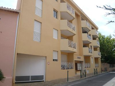 Photo for 2 bedroom Apartment, sleeps 6 in Sainte-Maxime with WiFi