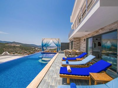 Photo for Sensational, ultra luxurious villa with incredible views for up to 6 people
