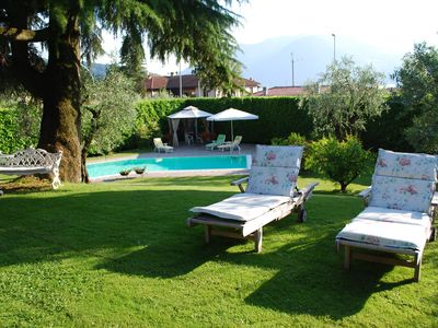Photo for Wonderful villa on the lake, garden, swimming pool, tennis 5 rooms,4+1 bathrooms