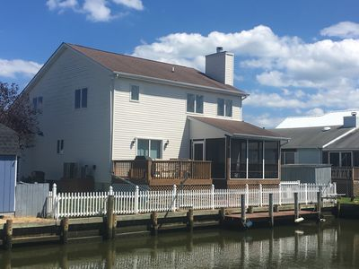 Photo for Dog Friendly w/ fenced yard, Boat Dock, 4 Bedrooms - SUPER CLEAN and MODERN