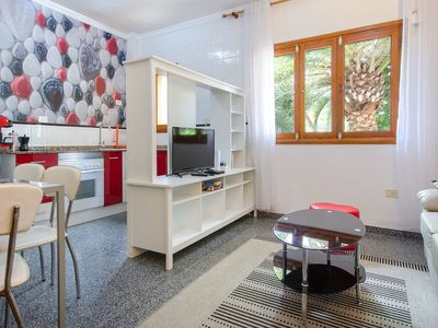 Photo for Quiet Apartment in Central Location with Wi-Fi; Pets Allowed