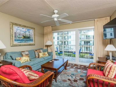 Photo for St Simons Island Oceanfront Condominium with community pool!