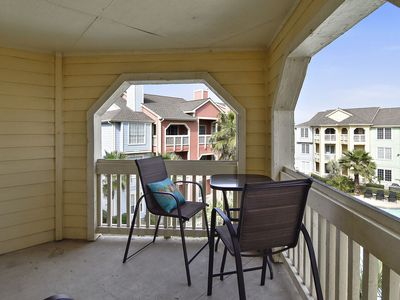 Photo for Dawn 935-Wave Therapy, 1/1 sleeps 4, great views of Gulf and the pool!
