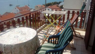 Photo for One bedroom apartment with terrace and sea view Tisno, Murter (A-16947-a)