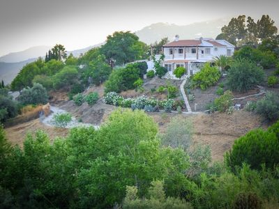 Photo for Superb Villa with Private Pool, Air-Conditioning & Family Friendly