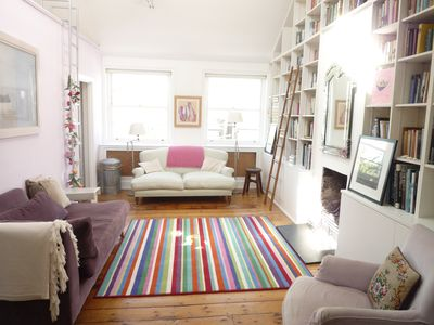 Notting Hill Holiday Apartment: Light-Filled Loft Conversion In The