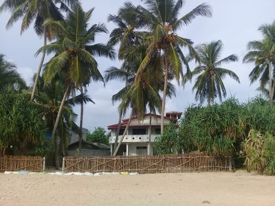 Photo for Paradise Beach House Right On The Beach Free Wi-Fi