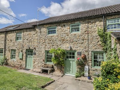Photo for EDMUNDS COTTAGE, pet friendly, with a garden in Crakehall, Ref 971968