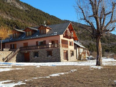 Photo for Nice apartment for 6 guests with hot tub, WIFI, pool, TV and parking