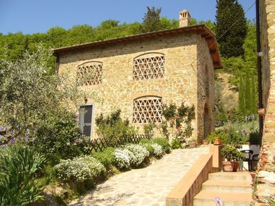 Photo for GIAGGIOLO apartment in farmhouse  on the Chianti hills, just 13 km from Florenc
