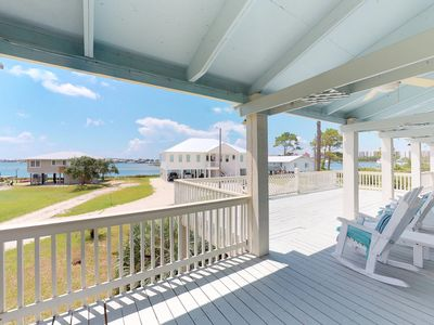 Photo for Dog-friendly home w/bay view & balcony- near Boggy Point Landing