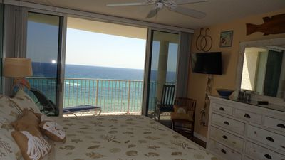 Photo for Long Beach Oceanfront Romantic Luxury Condo 1/1 w/ 2 Beach Chairs and Umbrella