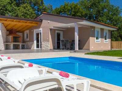 Photo for Two lovely villas near Pula with private pool