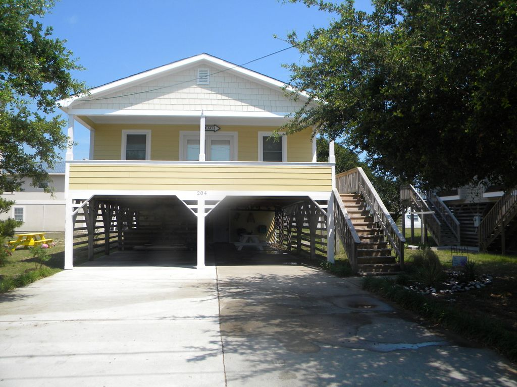 Outer Banks, Nags Head, Charming Cottage w/ hot tub on E Albatross ...
