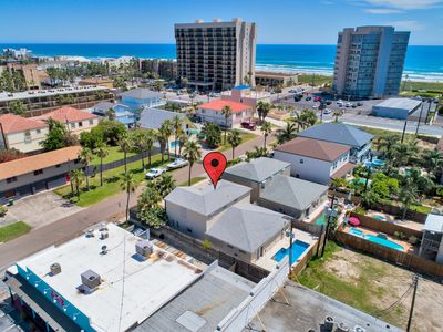 Private House/New Pool! Walk to the beach, restaurants, nightlife & much more!