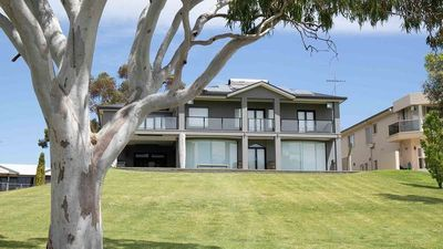 Photo for Stunning entire home with direct access to the River Murray