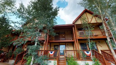 Photo for Valley Condo #125 - Fiber Optic high speed WiFi, Washer/Dryer, Community Hot Tubs, Playground
