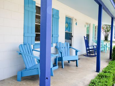 Photo for Pet-friendly Cabin with porch at lakeside resort on Lake LBJ