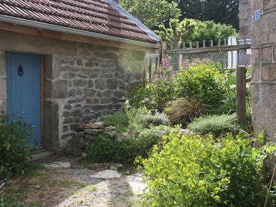 Photo for Les Geais  - Versatile accommodation in cottage and quirky barn conversion