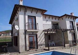 Photo for **Summer Discount-See Prices!** Apartment within a private villa with pool