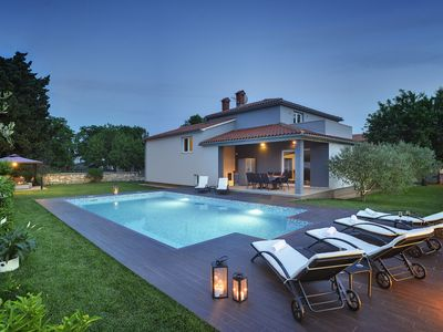 Photo for This 4-bedroom villa for up to 9 guests is located in Pula and has a private swimming pool, air-cond