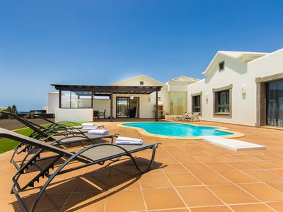 Photo for Luxurious Villa Near The Coast With Jacuzzi and Private Swimming Pool