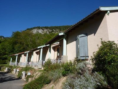 Photo for Gite Ornolac-Ussat-les-Bains, 2 bedrooms, 4 persons