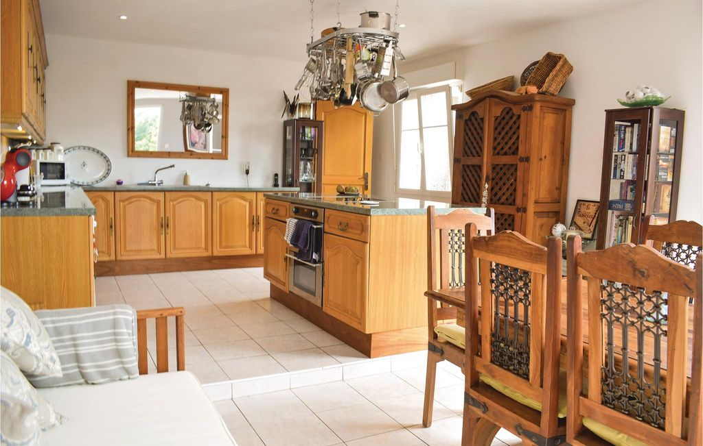 2 bedroom accommodation in Montchamp