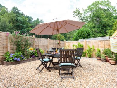Photo for Little Glen - A Lovely Self Contained Detached Annexe in Alderholt
