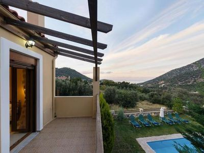 Photo for Terraced Houses, Bali  in Kreta - 6 persons, 3 bedrooms