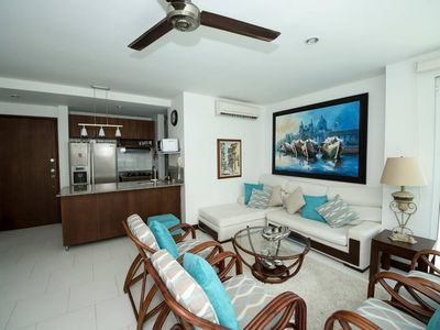 Photo for 4/4 Beachfront Morros 922 by NOMAD GURU