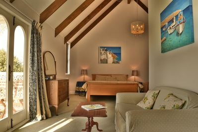 Kingfisher Suite with seaviews