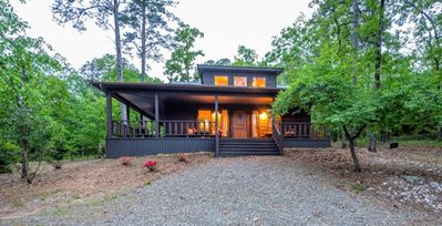 Photo for Chinaberry Lodge-REMODELED! $195/night-Sleeps 6, 1 K BR/1 Q BR Loft, Hot Tub, Close to Lake, Screened in Porch