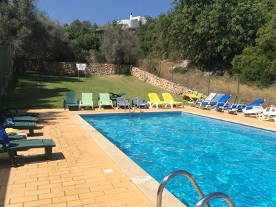 Photo for Spacious holiday apartment with shared pool, close to beach and all amenities.