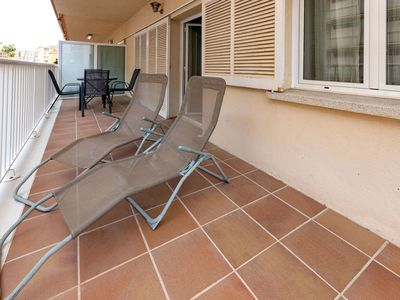 Photo for Lovely apartment for 4 people with TV and balcony
