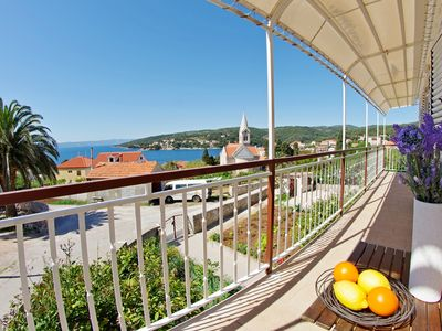 Photo for Entire floor with large balcony and sea view