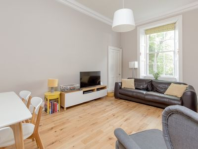Photo for Refined 4* Ground-floor Panmure Residence